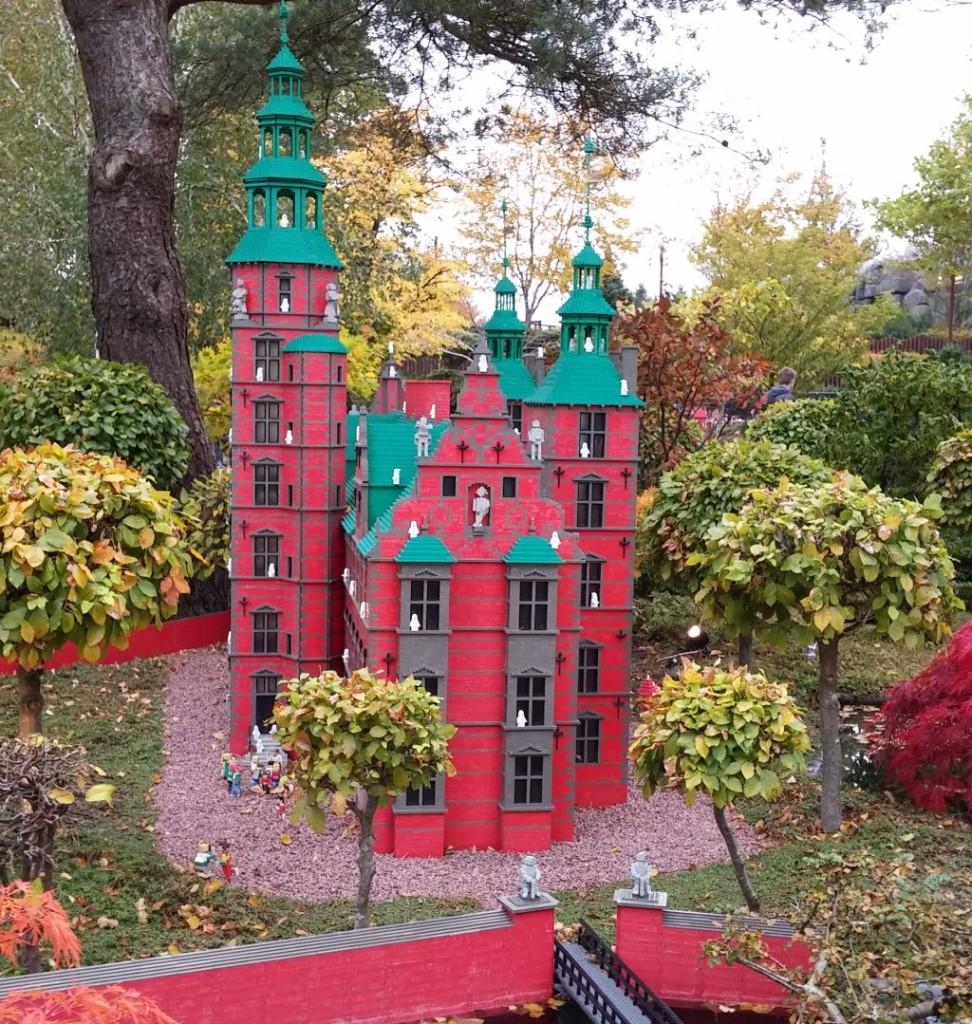 Legolandin Halloween76