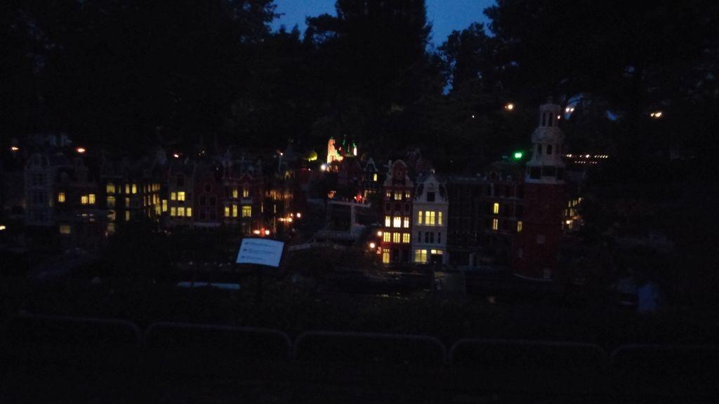 Legolandin Halloween83