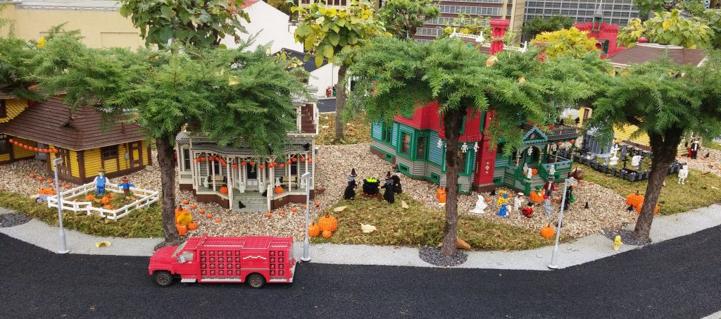 2016 Legolandin Halloween11