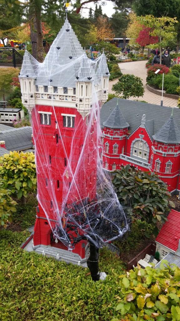 2016 Legolandin Halloween16