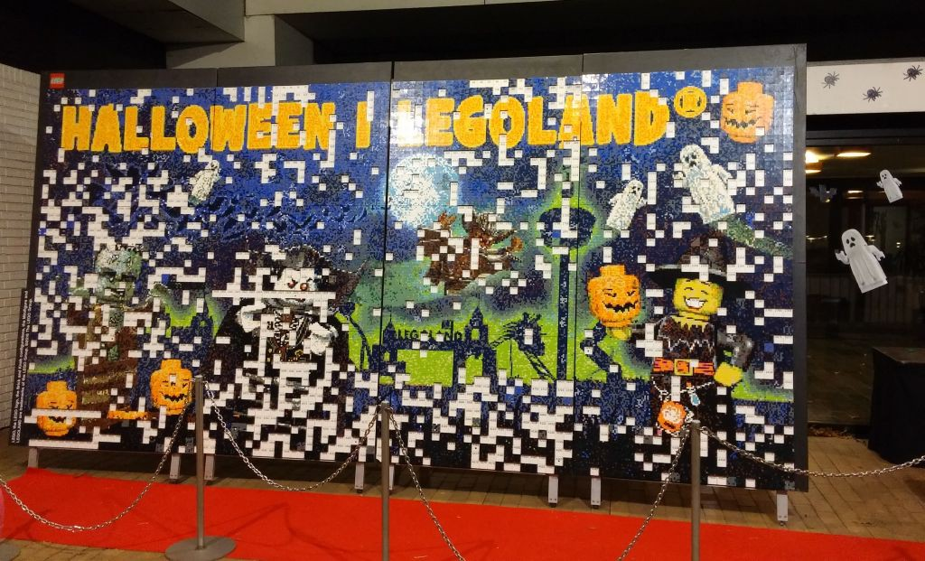 2016 Legolandin Halloween35