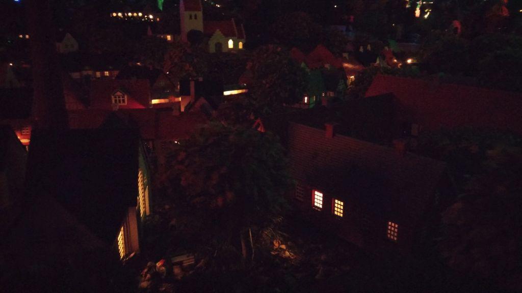 Legoland by night11