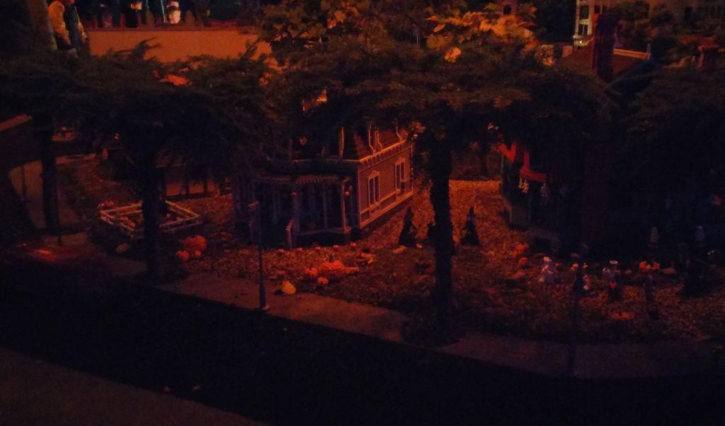 Legoland by night13