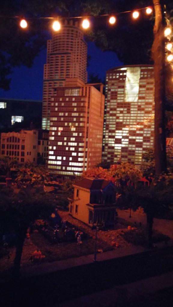 Legoland by night14