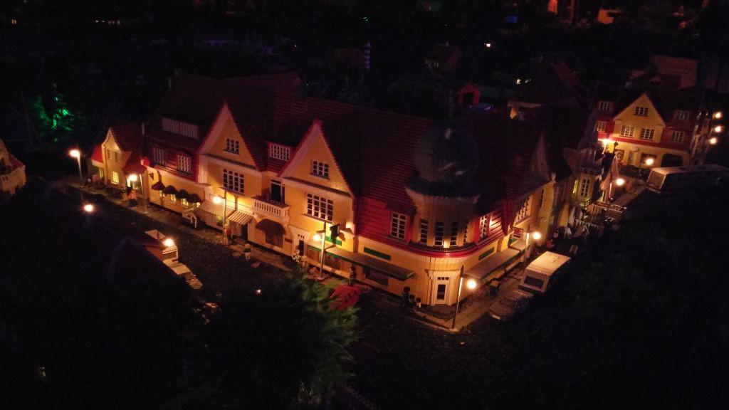 Legoland by night23