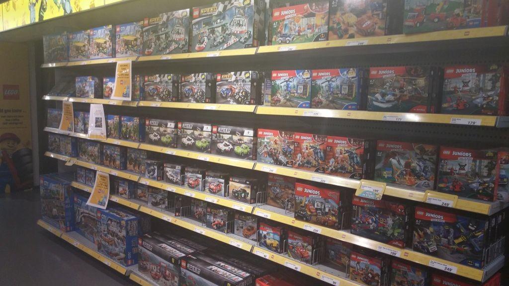 Lego Shop16