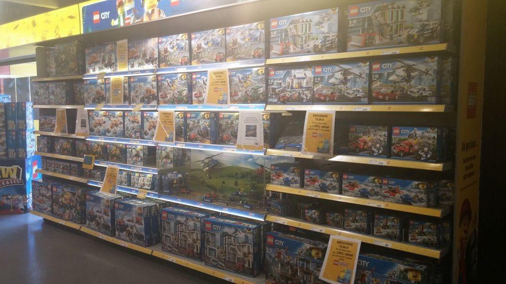 Lego Shop18