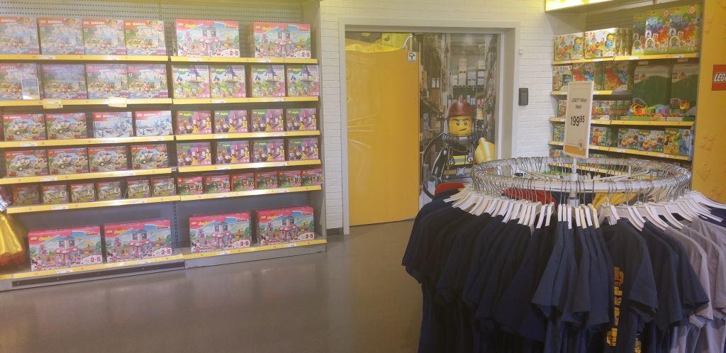 Lego Shop33