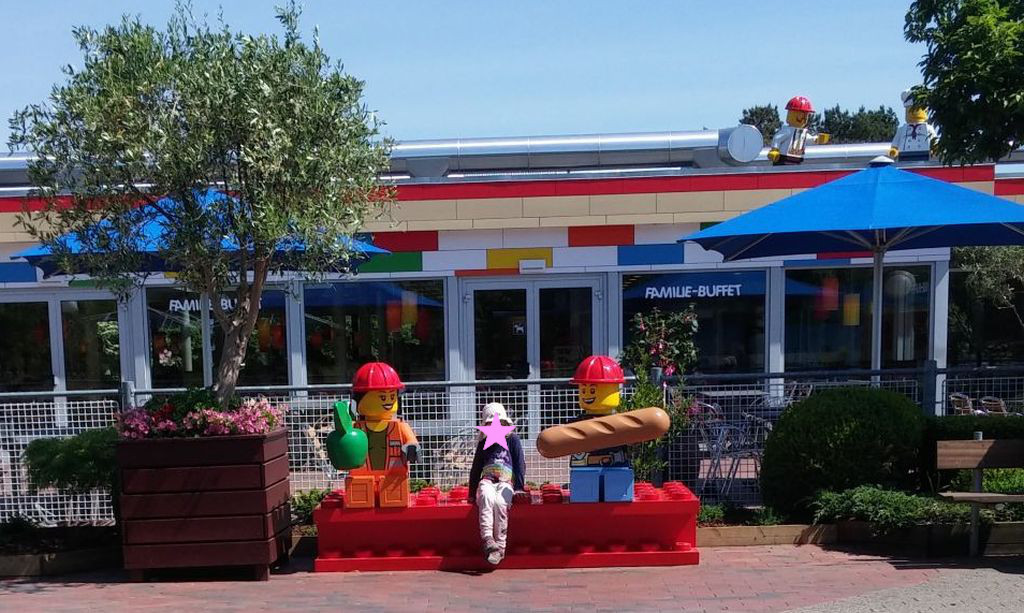 Legolandissa ruokailu26